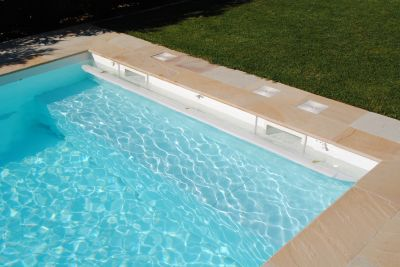 ACHETER UNE PISCINE COQUE POLYESTER RECTANGULAIRE ANGLES DROITS
