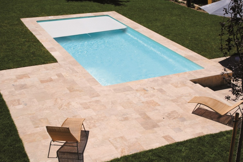 Fabricant de piscines coque polyester toulouse piscine for Fabricant piscine coque polyester espagne
