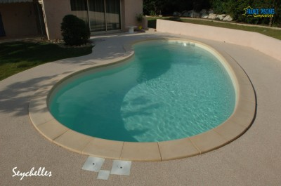 Fabricant de piscines coque polyester toulouse piscine for Fabricant piscine coque