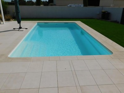 Installation de piscine enterr e pas ch re strasbourg piscine polyester france piscines for Piscine creusee pas chere
