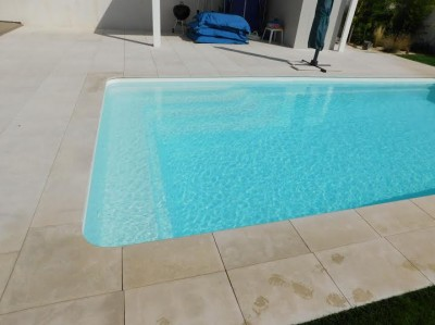 Fabricant de piscines coque polyester toulouse piscine for Piscine coque polyester 8x4